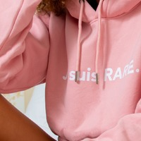 Besoin de réconfort après les fêtes ? De se réchauffer maintenant que les températures chutent ?   N'en dites pas plus, notre réponse est toute trouvée : il manque un hoodie dans votre vie ! 💕  #beauty #hoodie #pink #jesuisrare